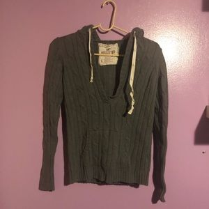 Hooded Grey Hollister v neck sweater